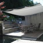 rollbares Sonnensegel Wohnhaus in Horgen.