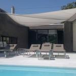 Sonnensegel aufrollbar über Terrasse in Monte-Bre-TI