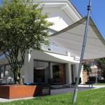 Demontierbare Bodenstützen für aufrollbares Sonnensegel in Einsiedeln SZ
