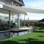 Sonnensegel Terrasse rollbar: Wohnhaus in Albis ZH 1057
