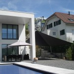 Automatisches Sonnensegel aufrollbar Privathaus im Aargau