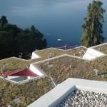Sonnensegel integriert in Überbauung