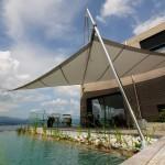 Automatisches Sonnensegel nach Mass - Projekt am Zürichsee.