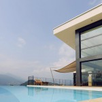Automatische Sonnensegel Terrasse mit Pool in Montagnola