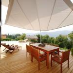 Automatisch aufrollbare Sonnensegel Terrasse in Montagnola