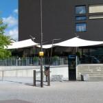 Gästeterrasse mit Doppelsegelanlage Apparthotel Rotkreuz ZG