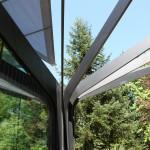 Botanischer Garten Grüningen. Das neue Gewächshaus mit automatischen Sonnensegeln.