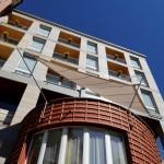 rollbare Sonnensegel auf dem Balkon vom Hotel Belvedere Scuol GR