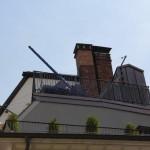 Cantileversegel eingerollt auf Dachterrasse