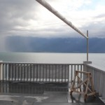 Gewitterwolken und eingerolltes Segel am Genfersee 2509
