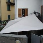 Automatisches Sonnensegel als Sichtschutz