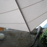 Filigrane Fassadenbefestigung Innenhof im Tessin