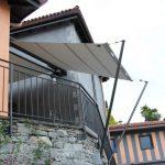 Stützen an Natursteinmauer für Sonnensegel, TI