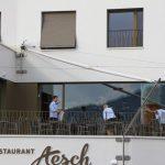 Restaurant Aesch, Walchwil, letzte Vorbereitungen